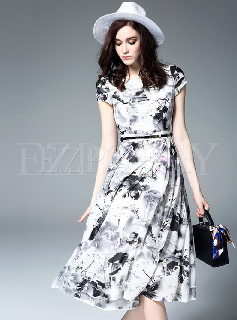 Ink Print O-Neck Patch Maxi Dress