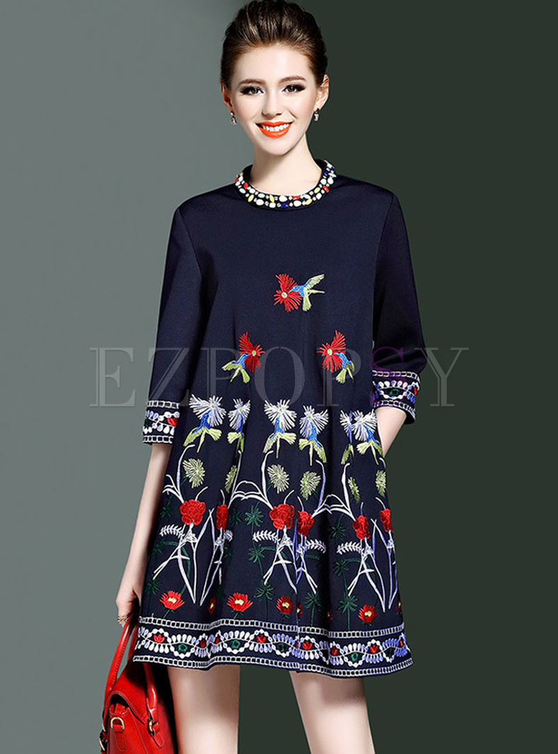 Loose Flower Embroidery Bead Mini Shift Dress