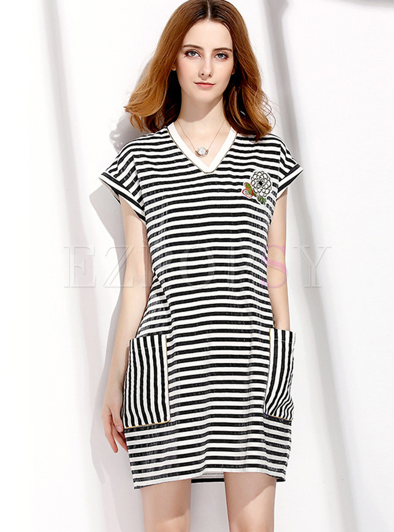 Casual monochrome stripe pocket t shirt dress for Dress shirt no pocket