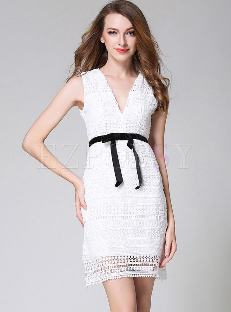 502f9d2def52a Dresses   Bodycon Dresses   White Lace Hollow Out Sleeveless V-neck Bodycon  Dress