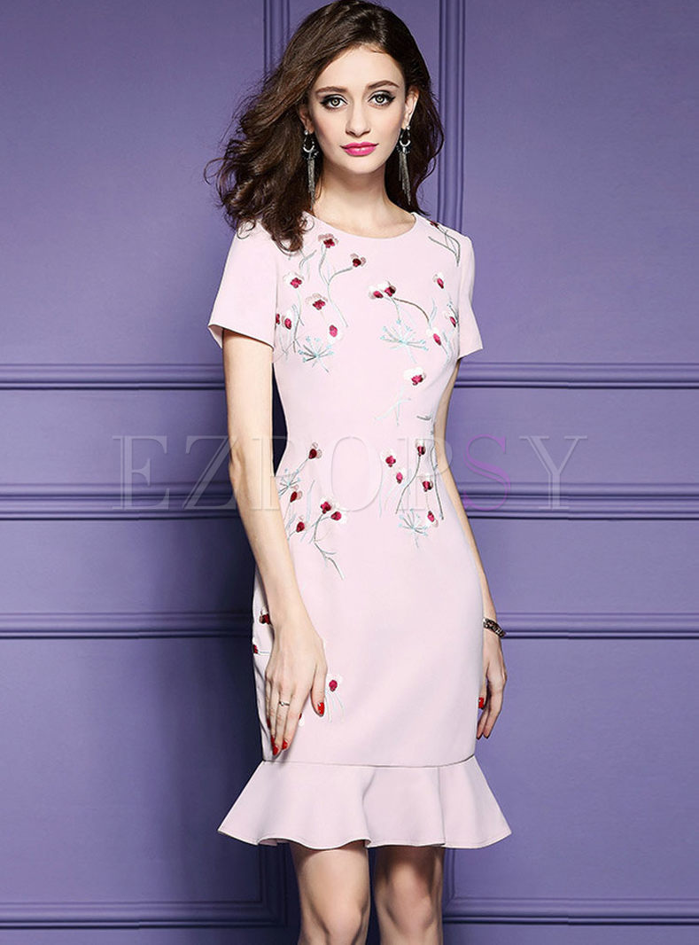Sweet Embroidered Short Sleeve Mermaid Dress