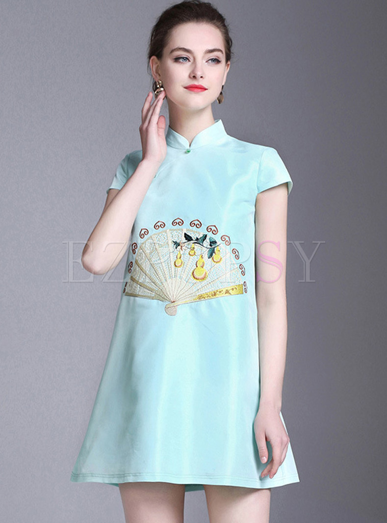 Stylish Green Exquisite Embroidered Shift Dress