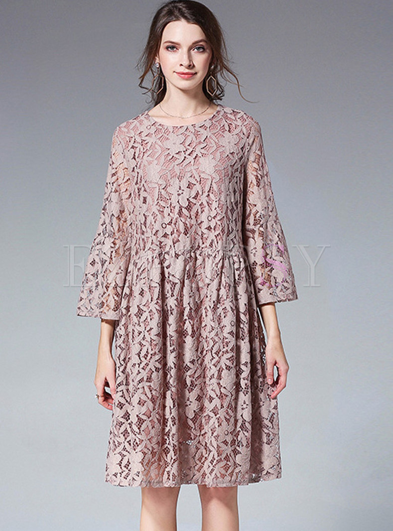 Elegant Flare Sleeve Plus Size Lace Dress