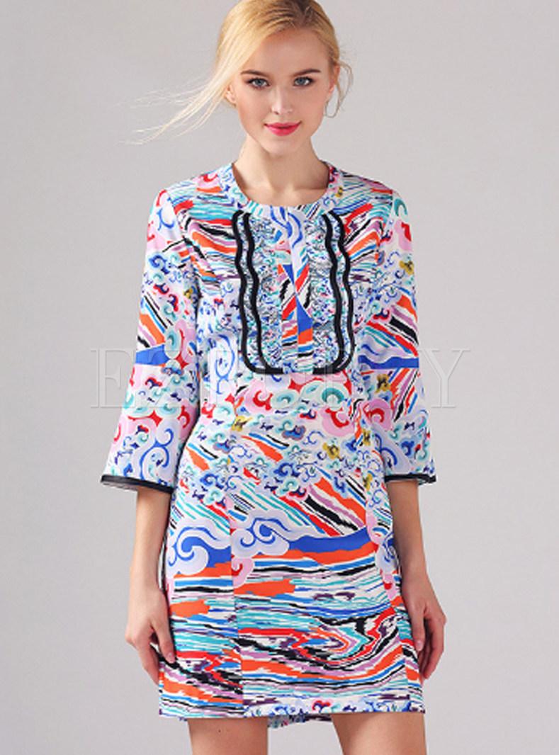 Fashion O-neck Flare Sleeve Print Sheath Dress