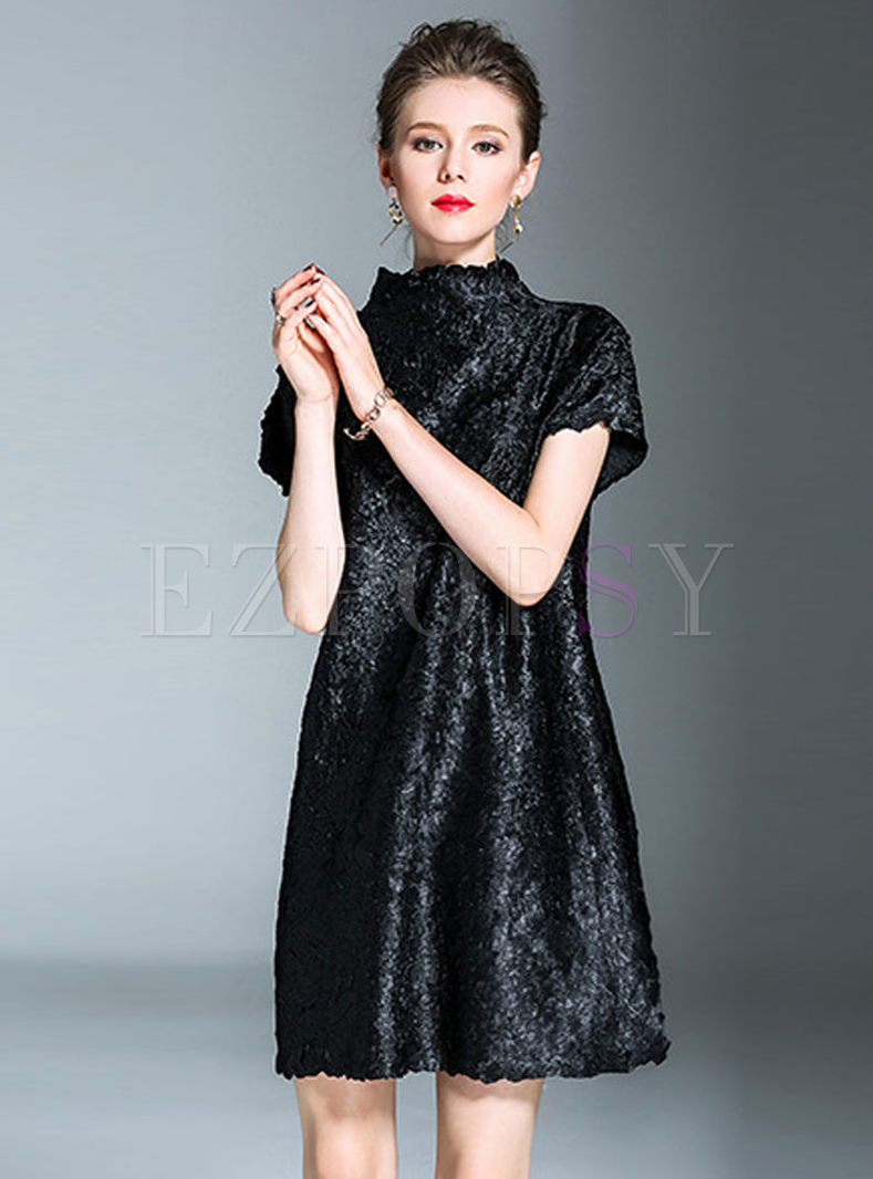 Elegant Black High Neck Pleated Shift Dress