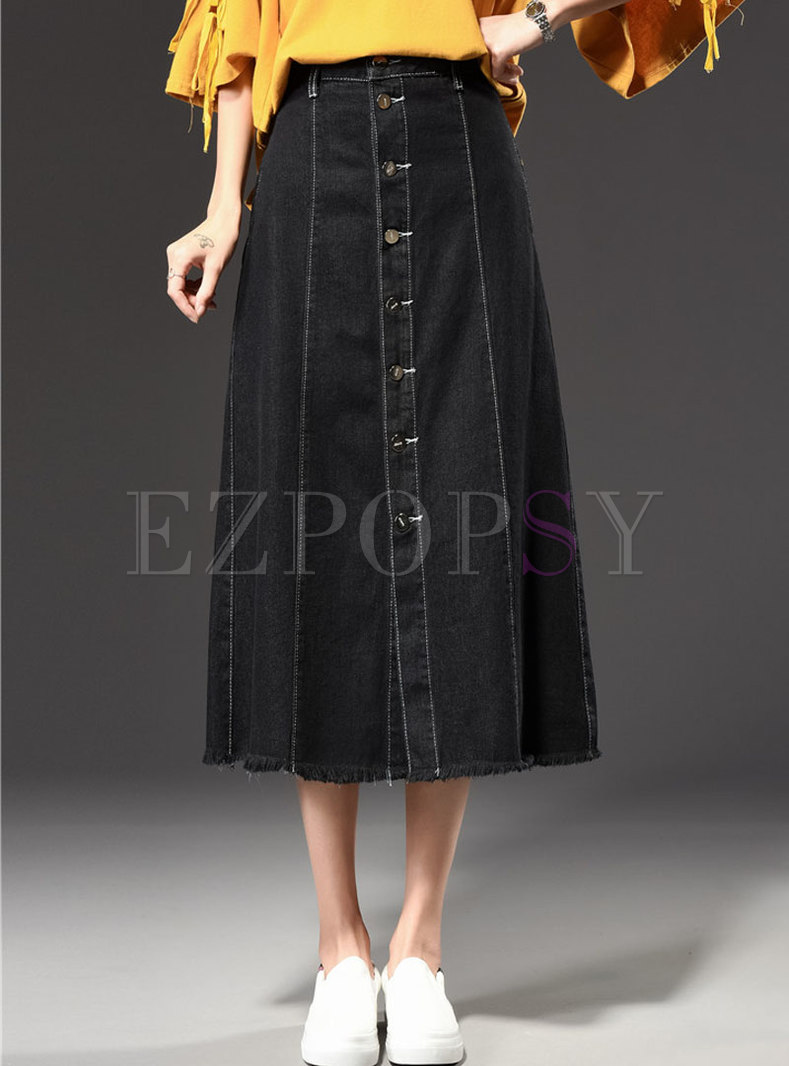 Stylish Black Skater Denim Maxi Skirt With Tassel Edge
