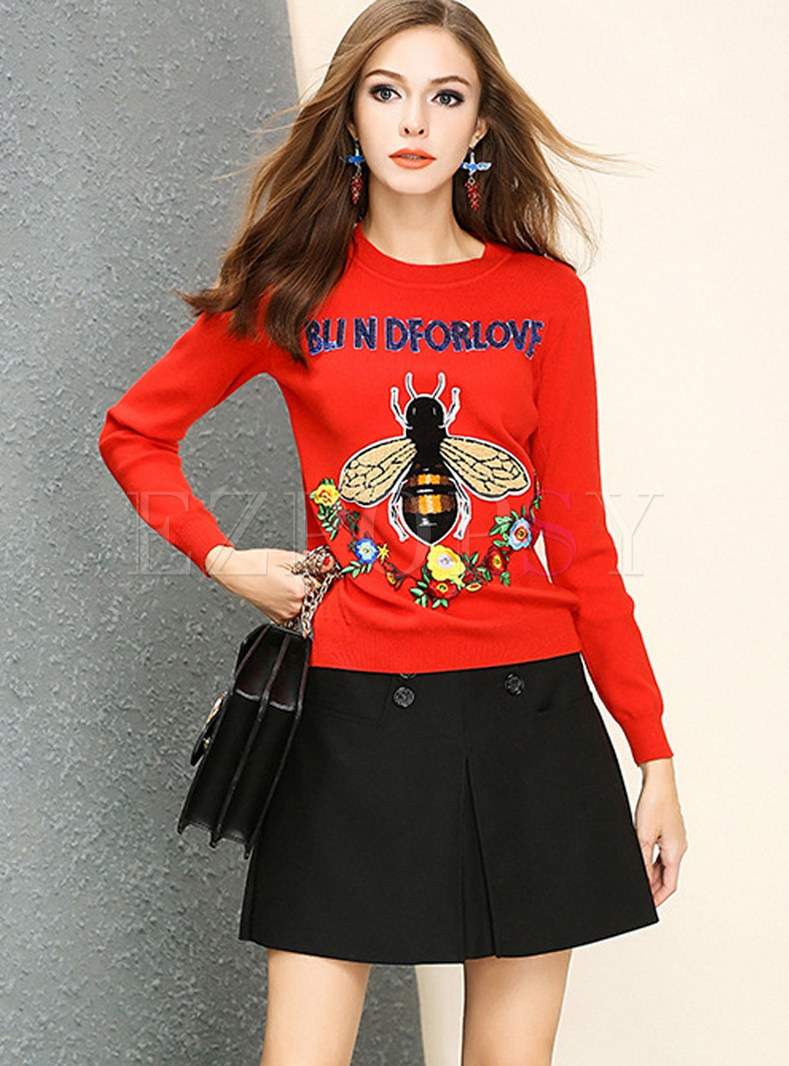 Trendy O-neck Long Waist Embroidered Sweater