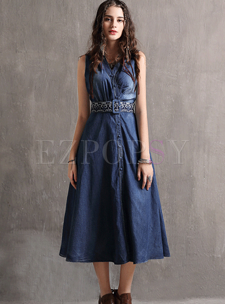 Turn Down Collar Sleeveless Belted Embroidered Dress