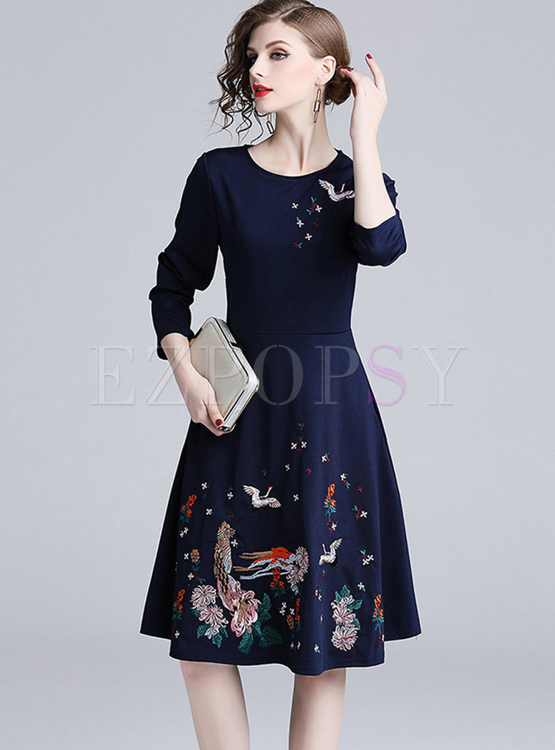 Casual Embroidered Big Hem Knee,length Skater Dress