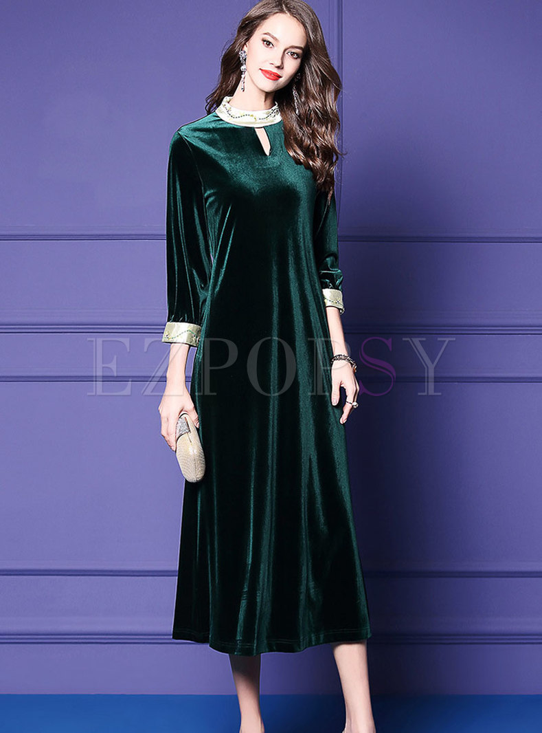 Trendy Green Crew-neck Embroidered Maxi Dress With Keyhole