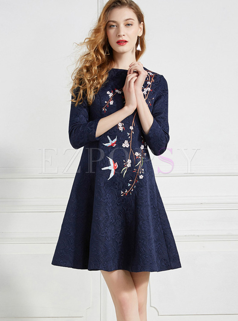 O-neck Three Quarters Sleeve Embroidered Dress