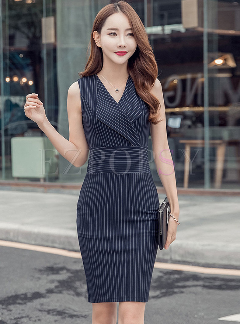 Stylish Notched Sleeveless Slim Striped Bodycon Dress