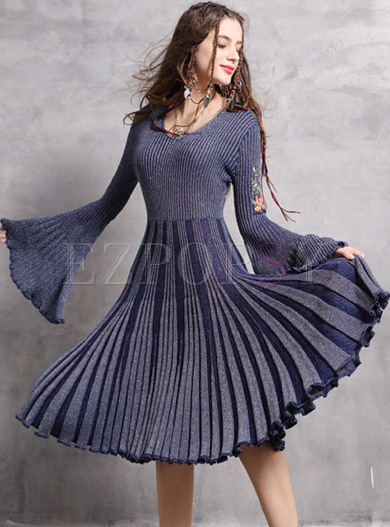 V-neck Flare Sleeve Embroidered Slim Knitted Dress