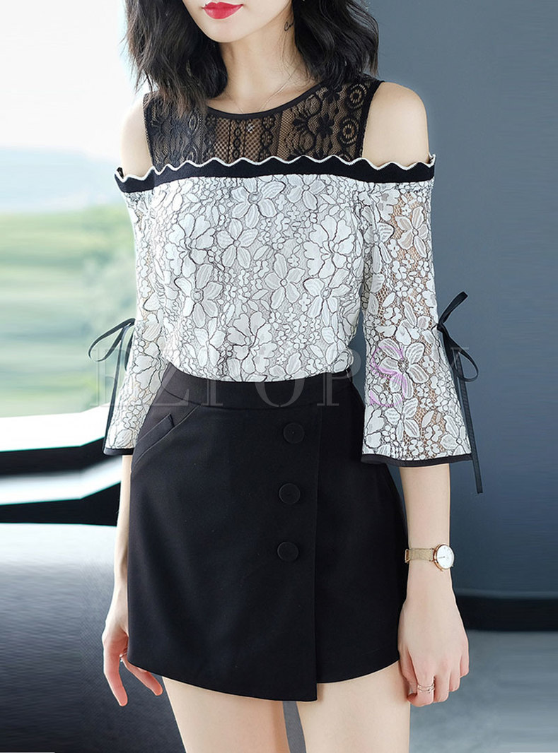 Chic Color-blocked Off Shoulder Flare Sleeve Lace Blouse