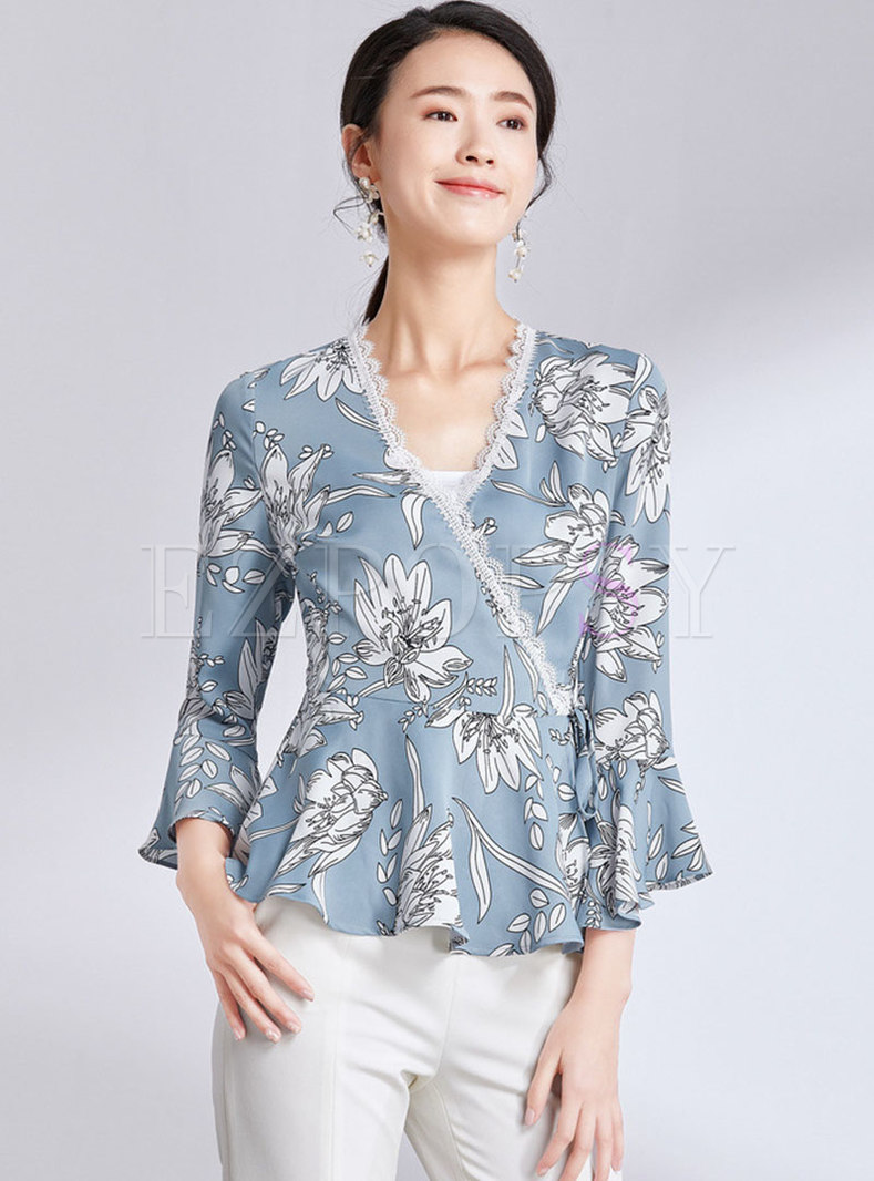 Stylish Print V-neck Flare Sleeve Falbala Blouse