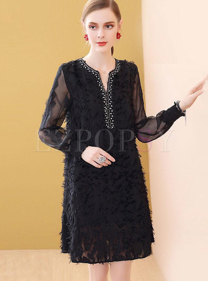 Stylish V-neck Beaded Plus Size Shift Dress
