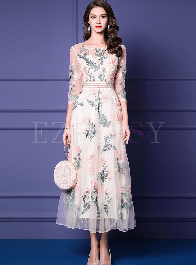 O-neck Mesh Embroidered Slim Maxi Dress