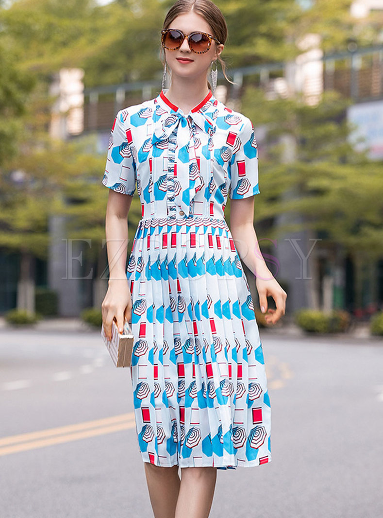 Chic Print Tie-collar Slim Pleated Dress