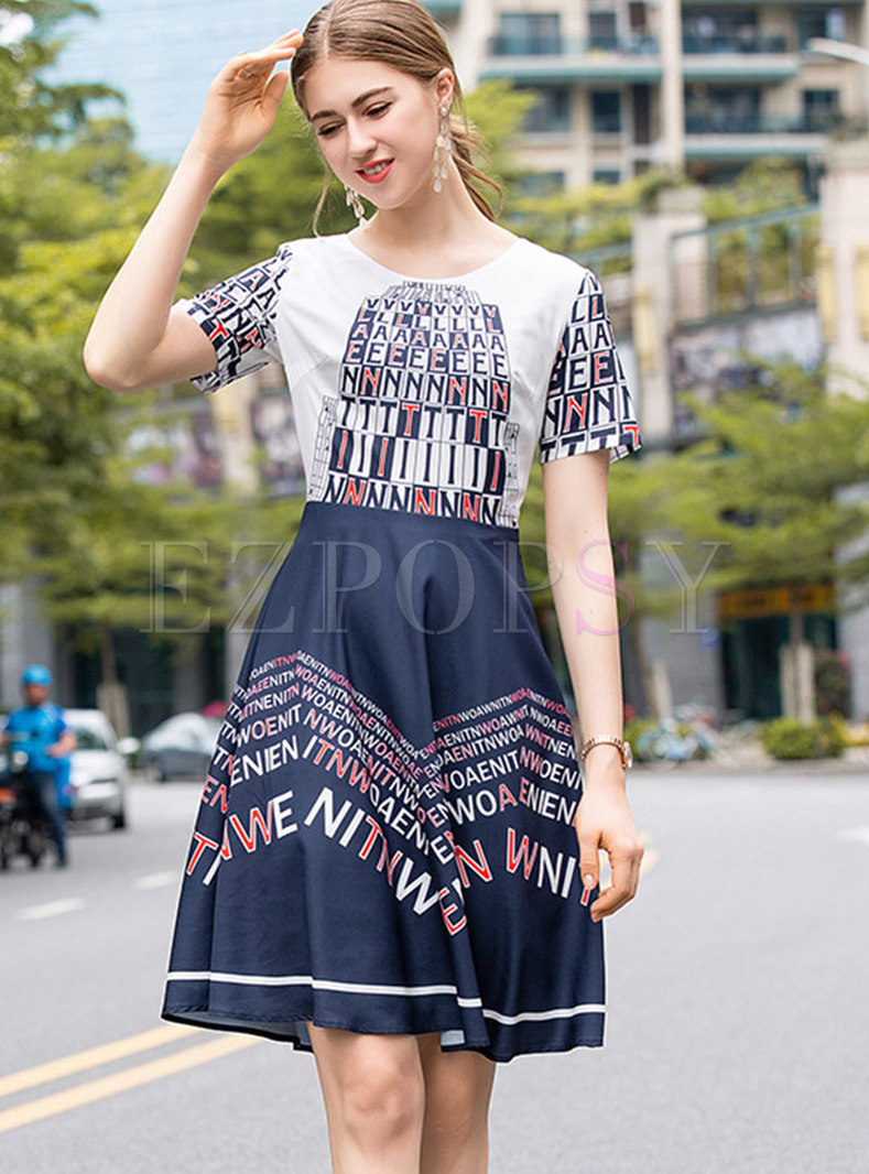 Chic Letter Print O-neck Slim A Line Dress