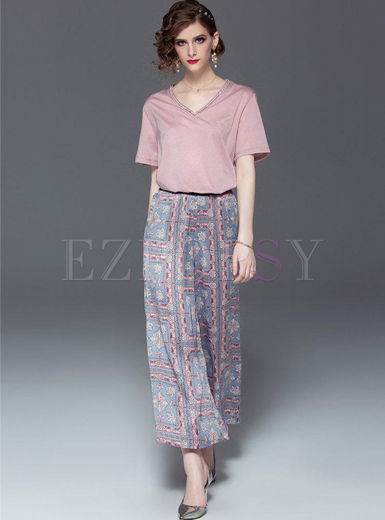 Casual V-neck Drilling T-shirt & Print Wide Leg Pants