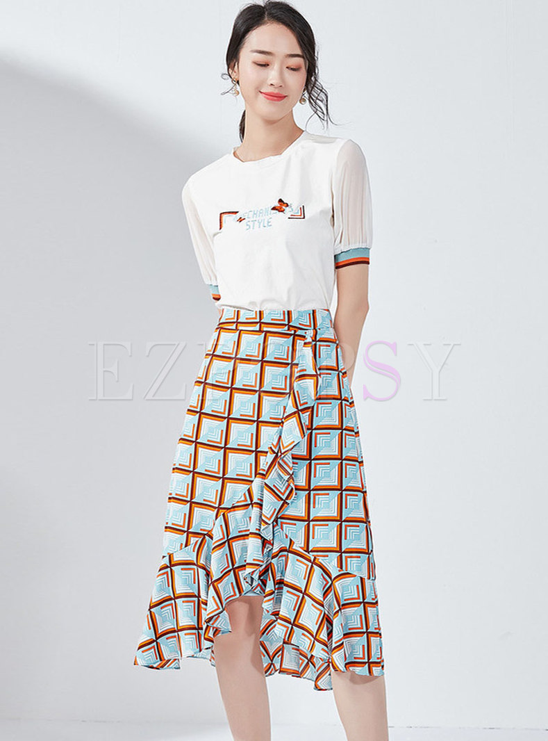 Letter Embroidered O-neck T-shirt & Plaid Mermaid Skirt