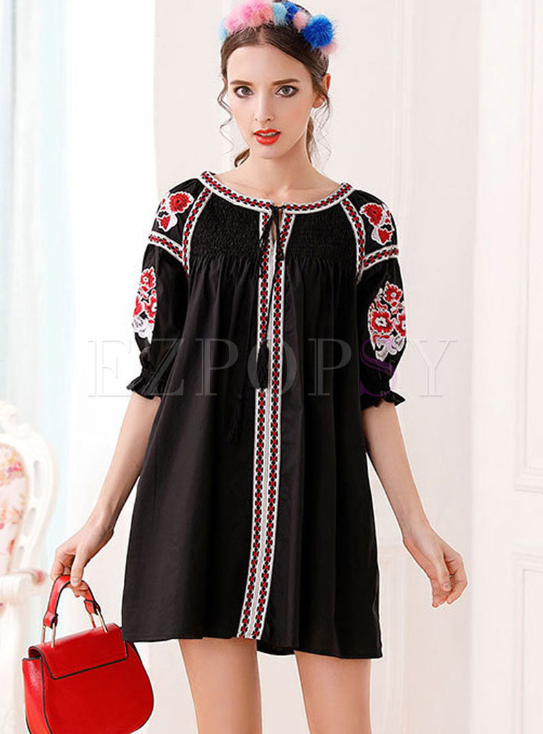 Ethnic O-neck Short Sleeve Embroidered Dress