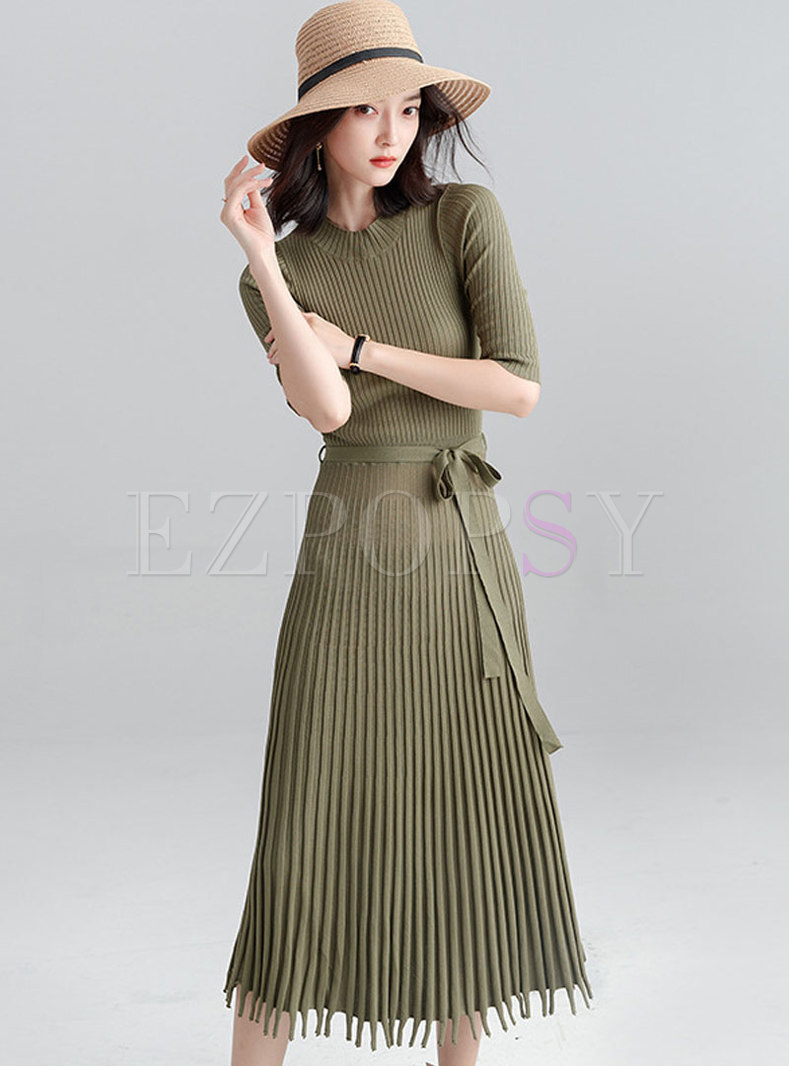 Solid Color Gathered Waist Tassel Pleated Knitted Dress