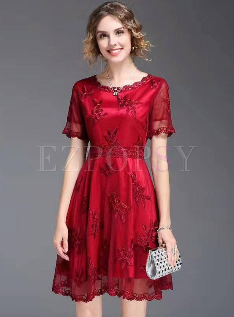Embroidery Contrast O-Neck Short Sleeves Dresses