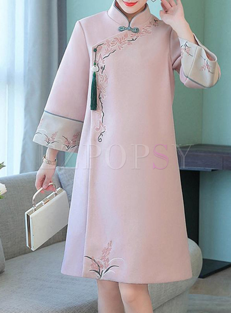 Embroidery Stand Collar Long Sleeves Straight Dresses