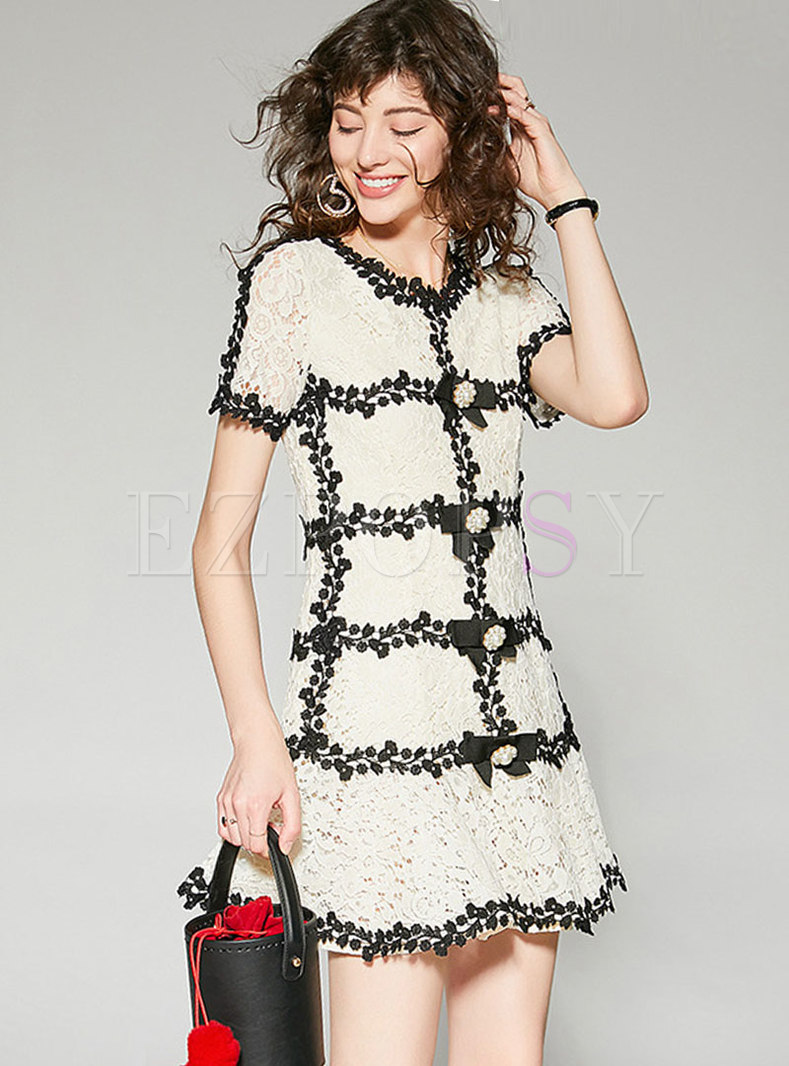 Chic Color-blocked Hollow Out Lace A Line Dress