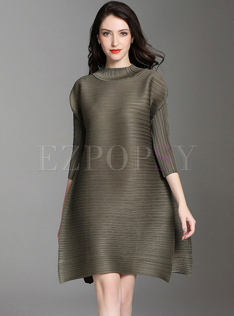Plus Size Solid Color Split Pleated Shift Dress