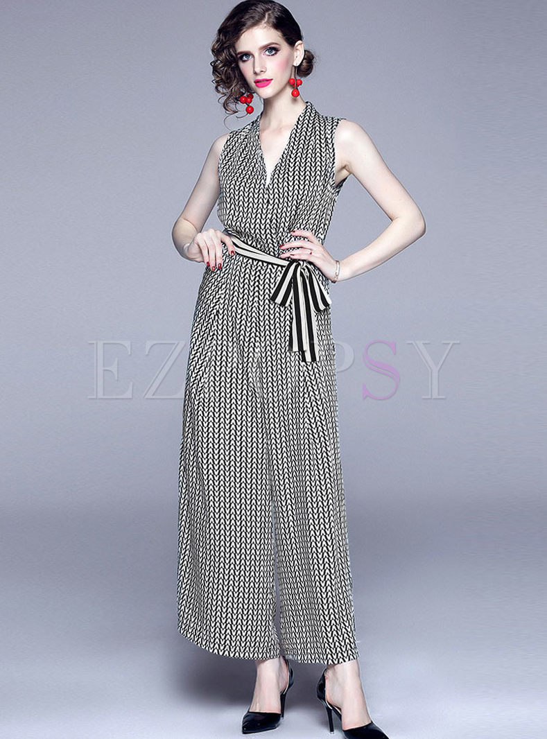 V-neck Sleeveless Letter Print Jumpsuit