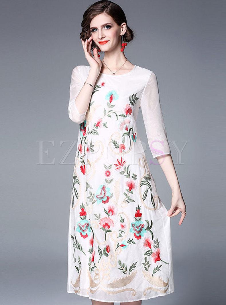 Vintage 3/4 Sleeve Embroidered Midi Dress