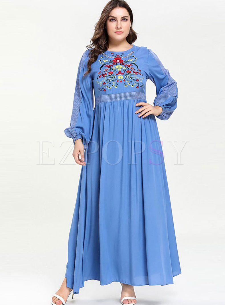 Plus Size Embroidered Waist Maxi Dress