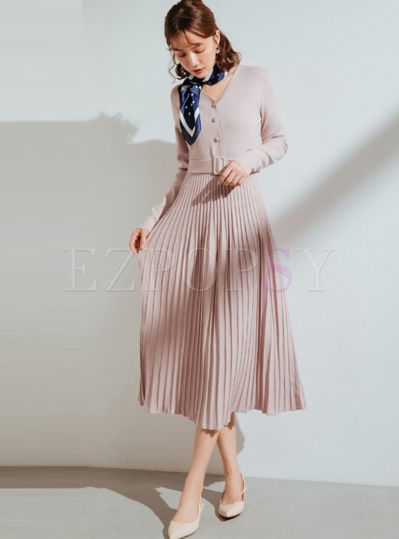 Solid Color V-neck Pleated Sweater Dress