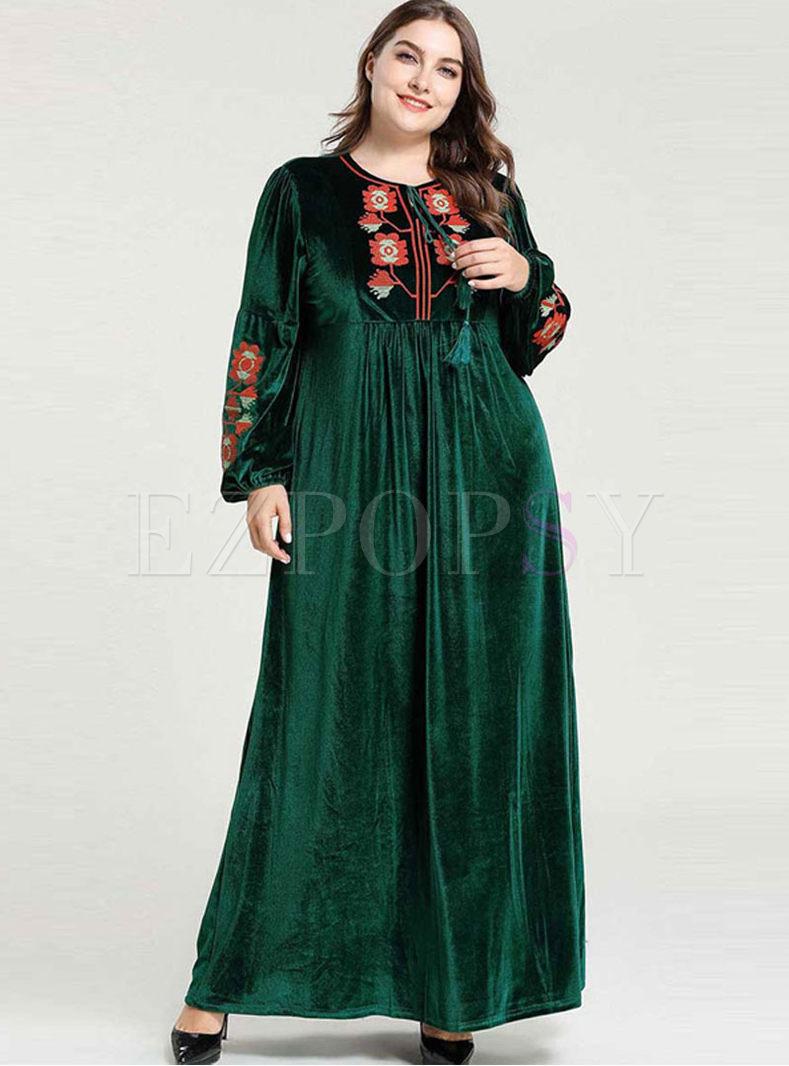 Plus Size Velvet Embroidered Long Dress