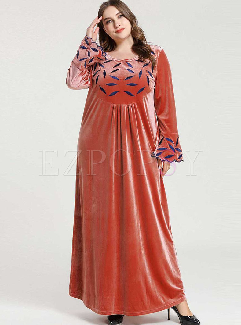 Plus Size Flare Sleeve Embroidered Velvet Maxi Dress