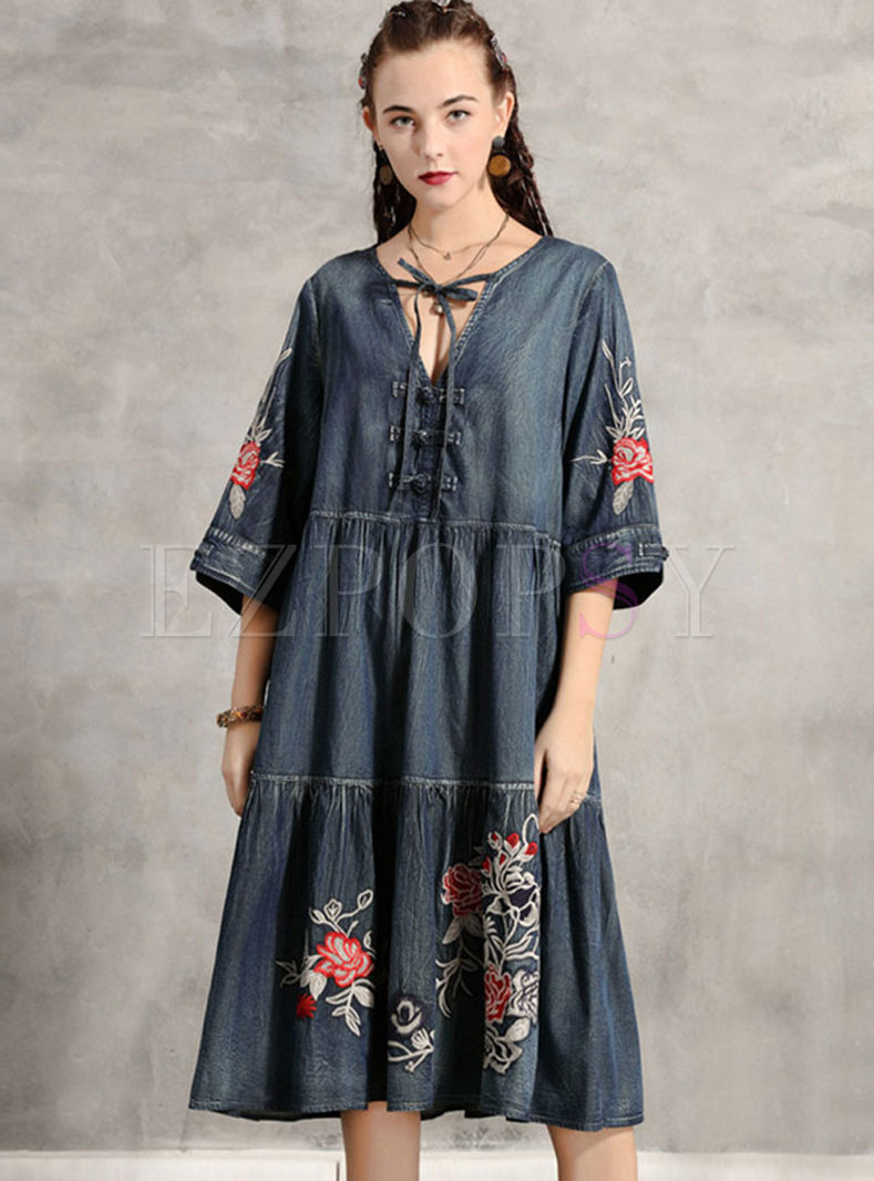 V-neck Half Sleeve Plus Size Denim Dress