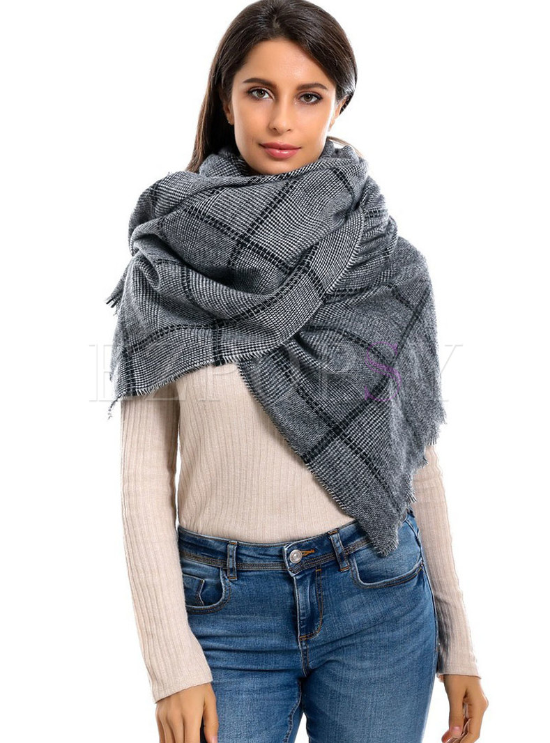 Plaid Color-blocked Fringed Thick Scarf