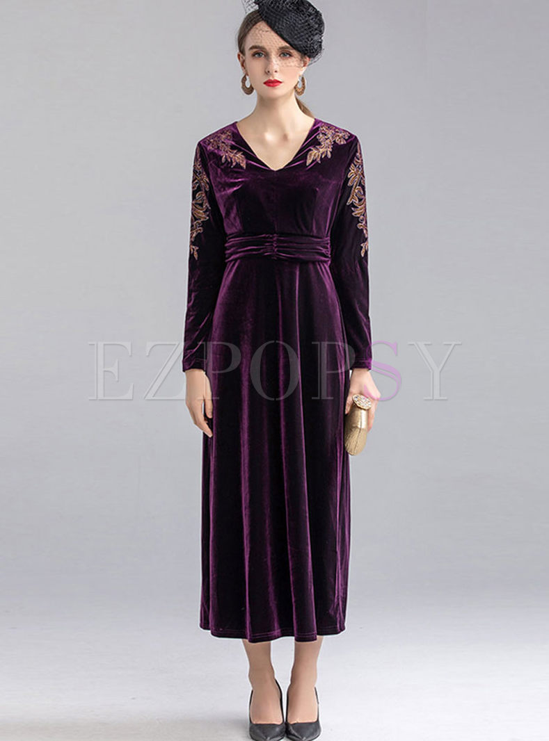 V-neck Long Sleeve Velvet Maxi Prom Dress