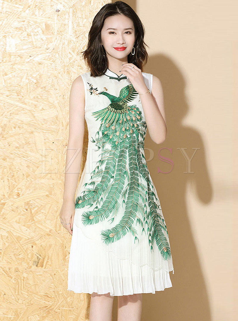 Mandarin Collar Embroidered Sleeveless Pleated Dress
