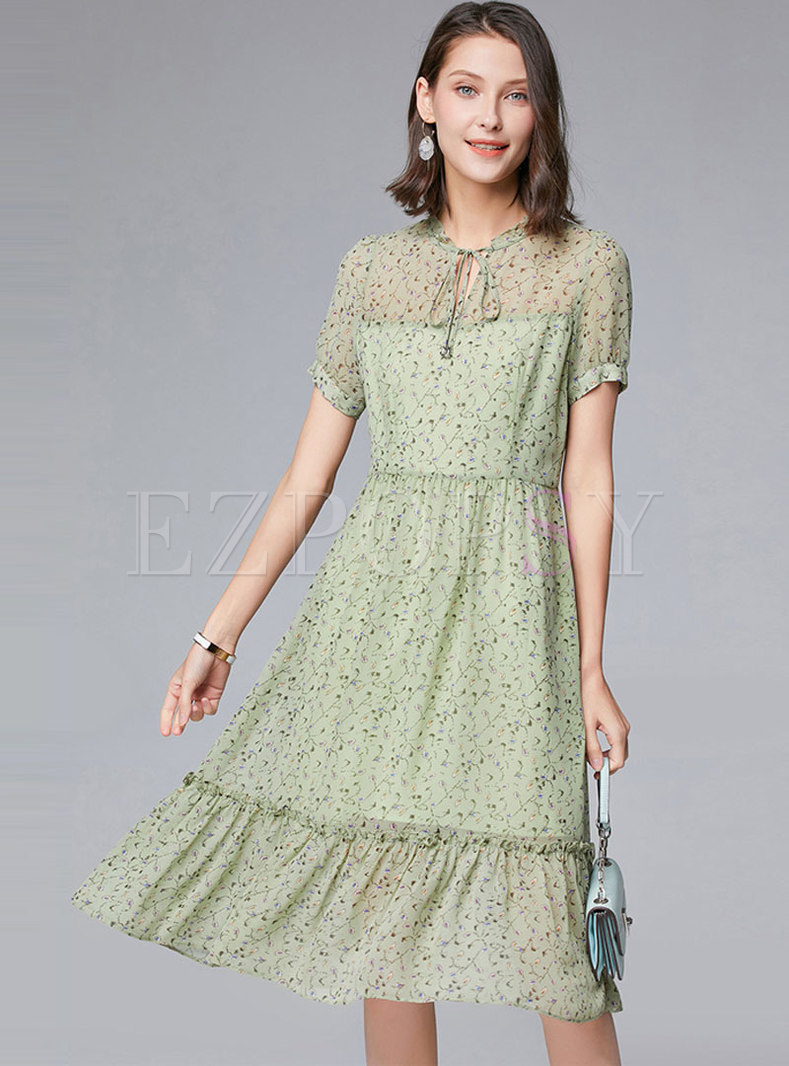 Floral Tie-collar Chiffon Skater Dress
