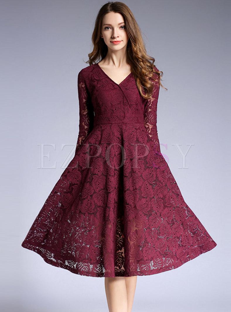 Lace V-neck Big Hem Slim Skater Dress