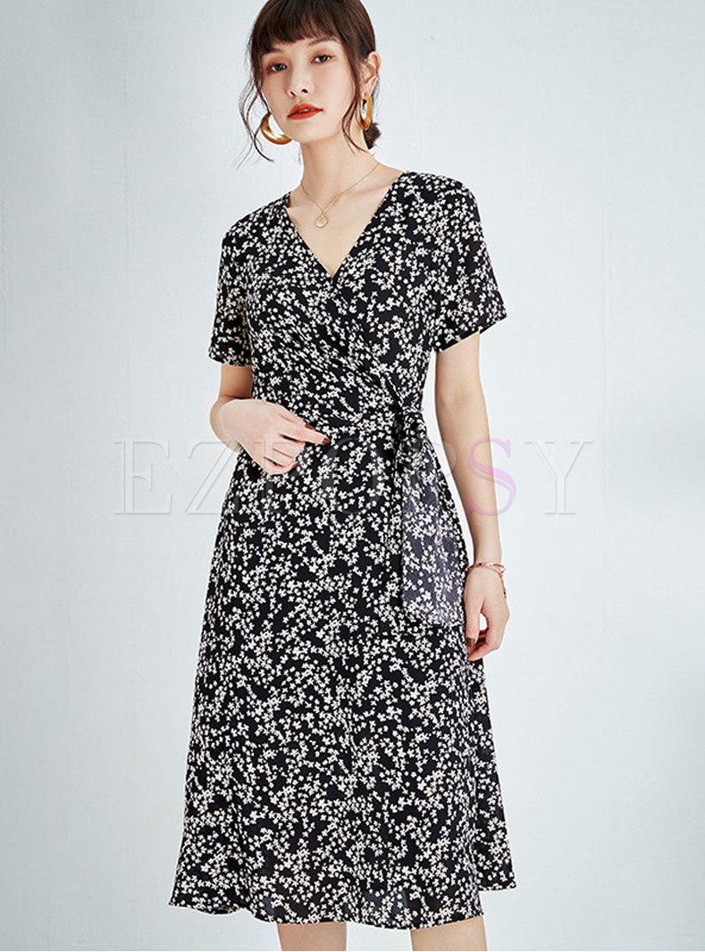 V-neck Short Sleeve Floral A Line Wrap Dress