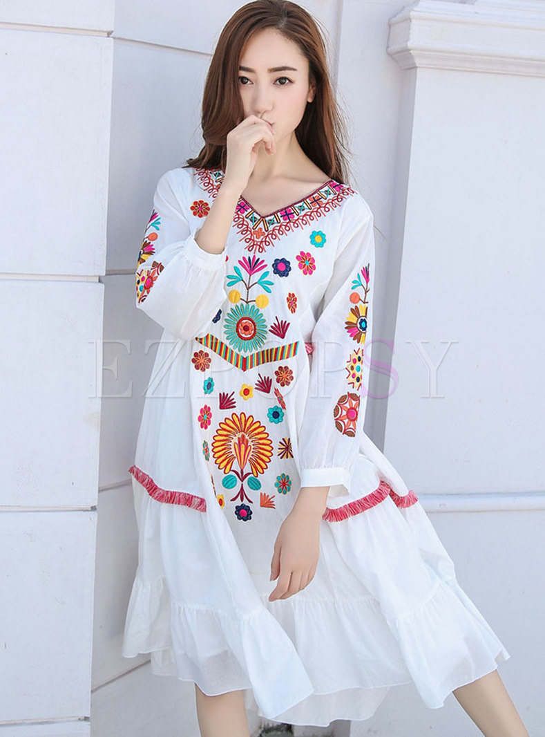 White Long Sleeve Embroidered Shift Beach Dress