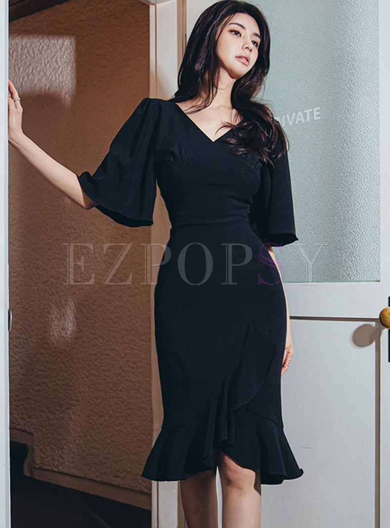 V-neck Flared Sleeve Bodycon Peplum Dress