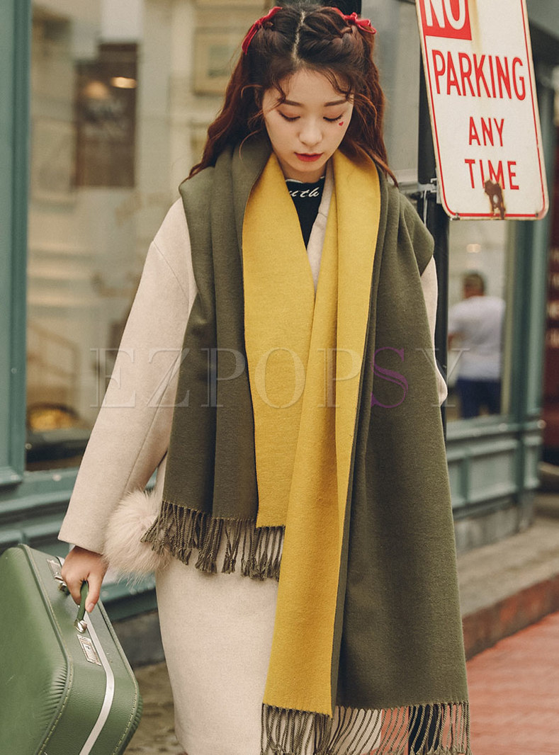 Color-blocked Fringed Wool Blend Scarf