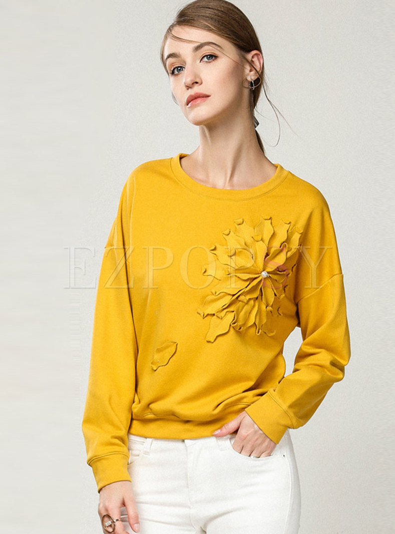 Crew Neck Pullover Flower Patch Sweatshirt