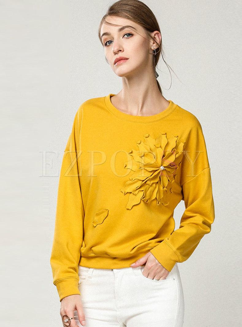 Crew Neck Pullover Flower Patch Sweatshirt