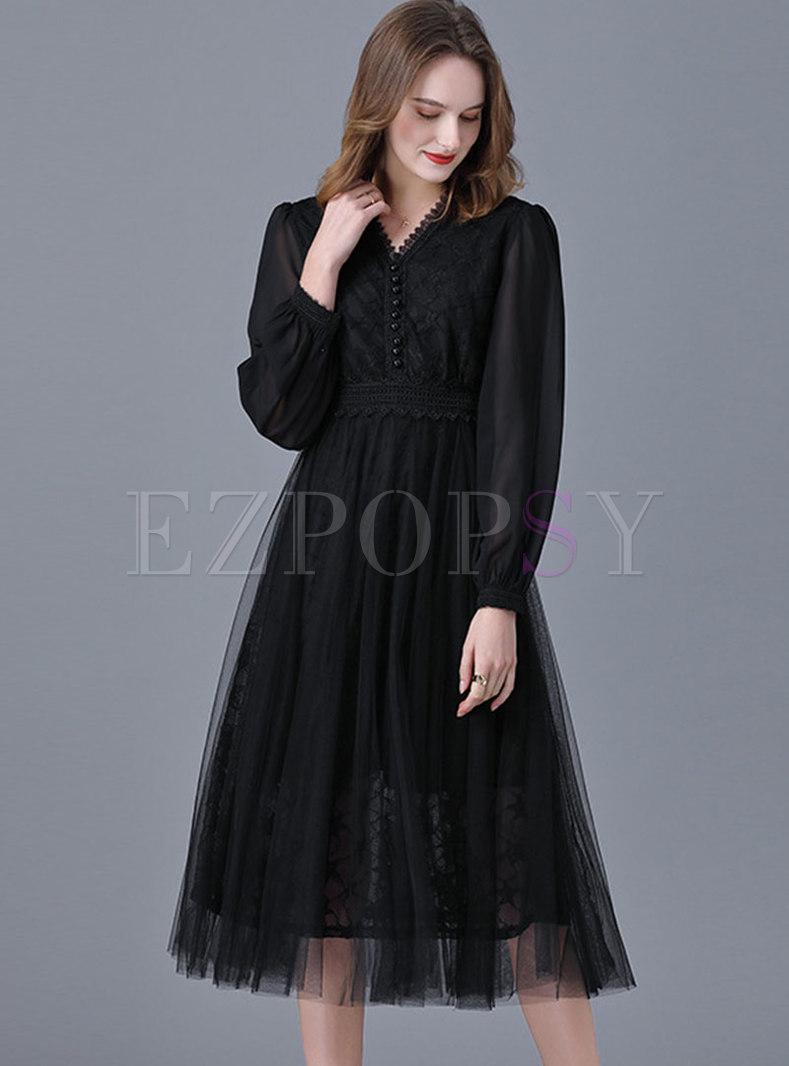V-neck Lace Mesh Plus Size Midi Dress